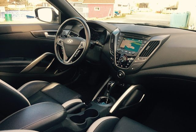 2016 Hyundai Veloster Turbo interior