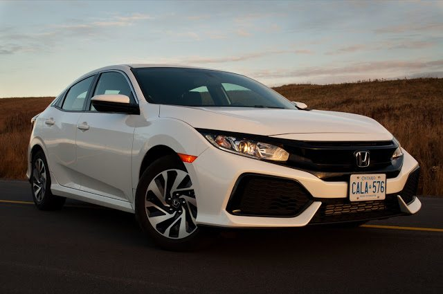 2017 Honda Civic hatchback white front