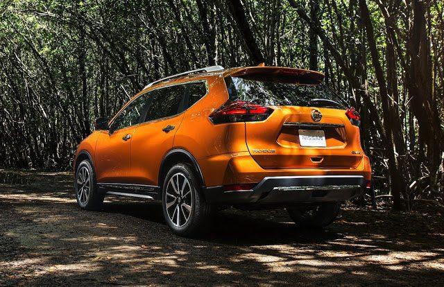 2017 Nissan Rogue orange