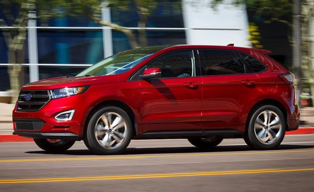 2017 Ford Edge red