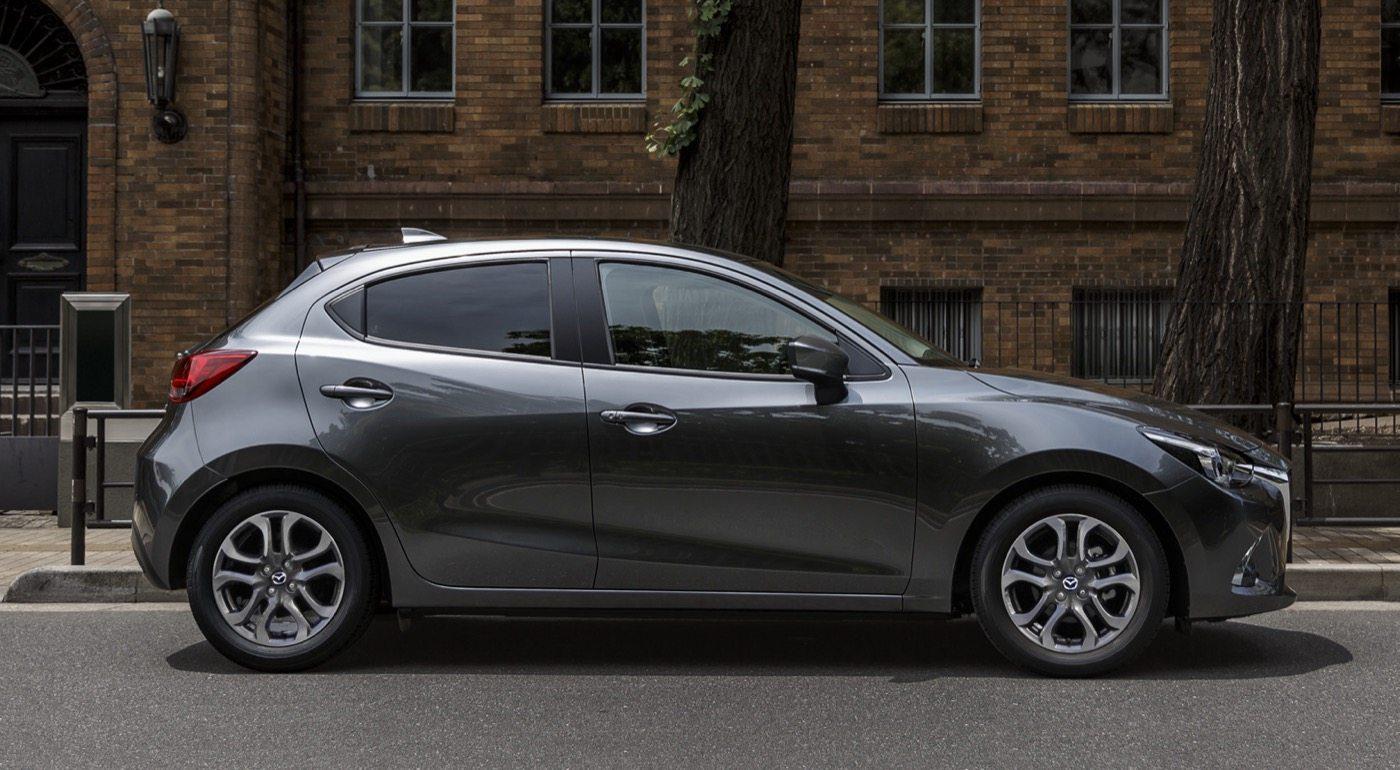 2017 Mazda 2 - Image: Mazda