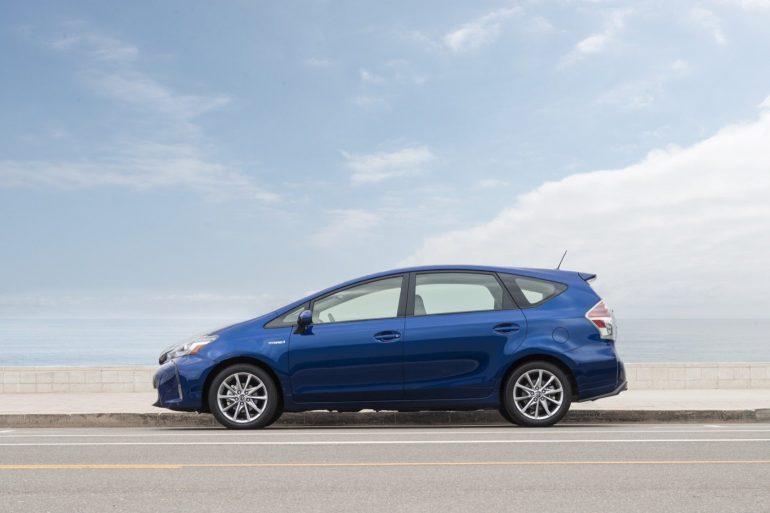 2016 Toyota Prius V profile - Image: Toyota