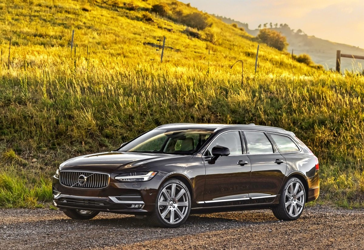 2018 Volvo V90 T6 Inscription - Image: Volvo
