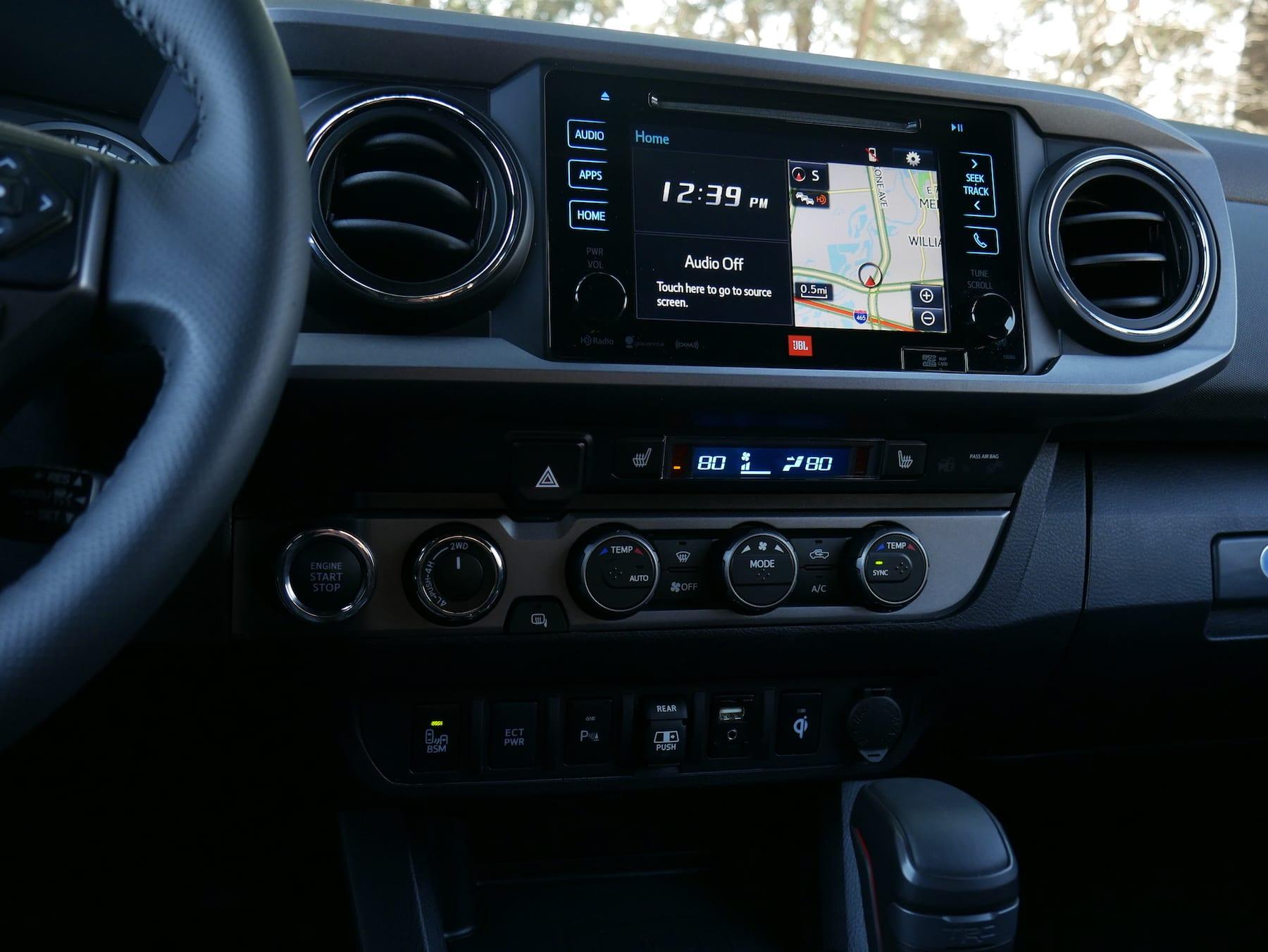 2019 Toyota Tacoma TRD Pro infotainment