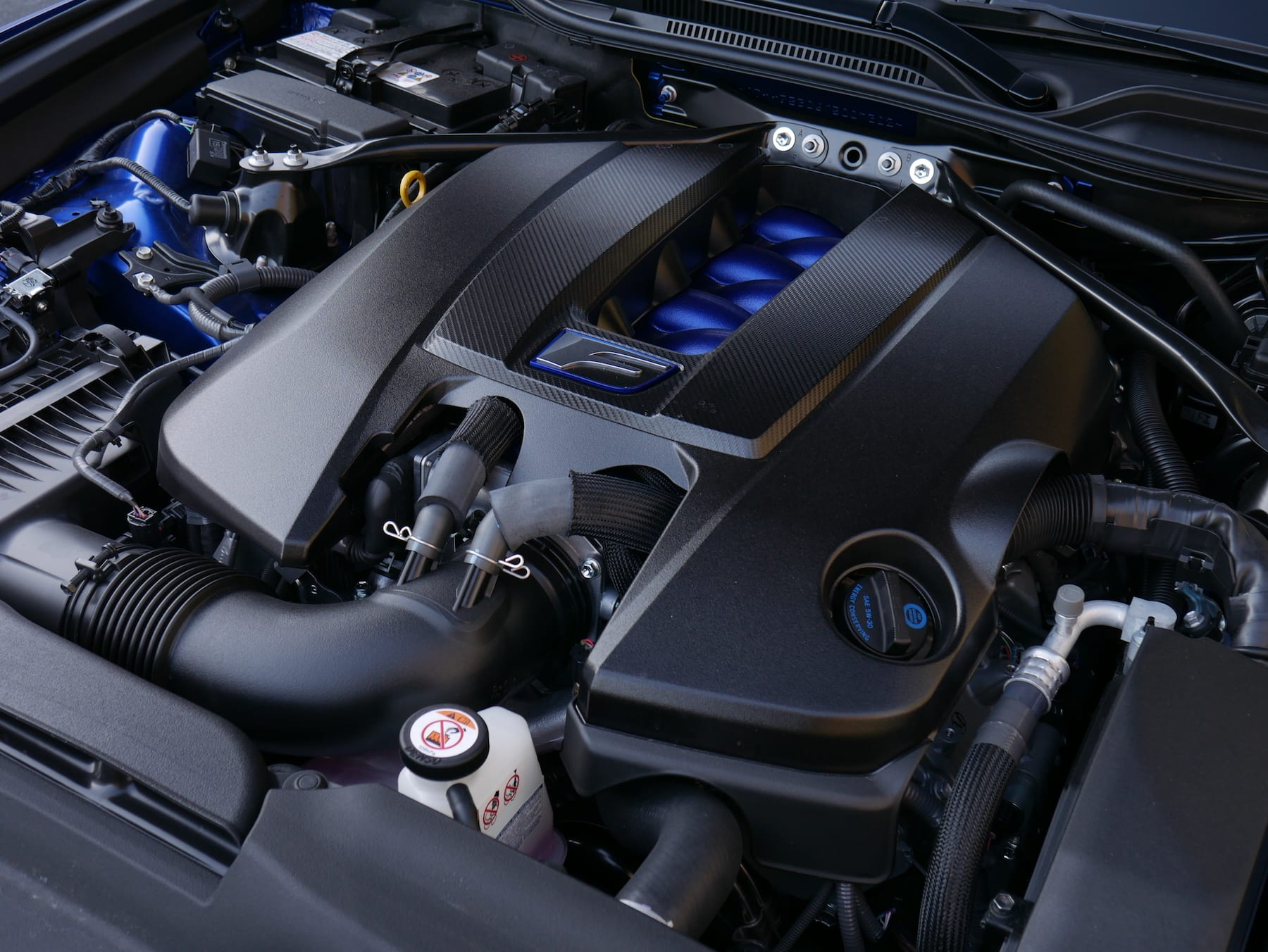 2019 Lexus RC F V8 engine