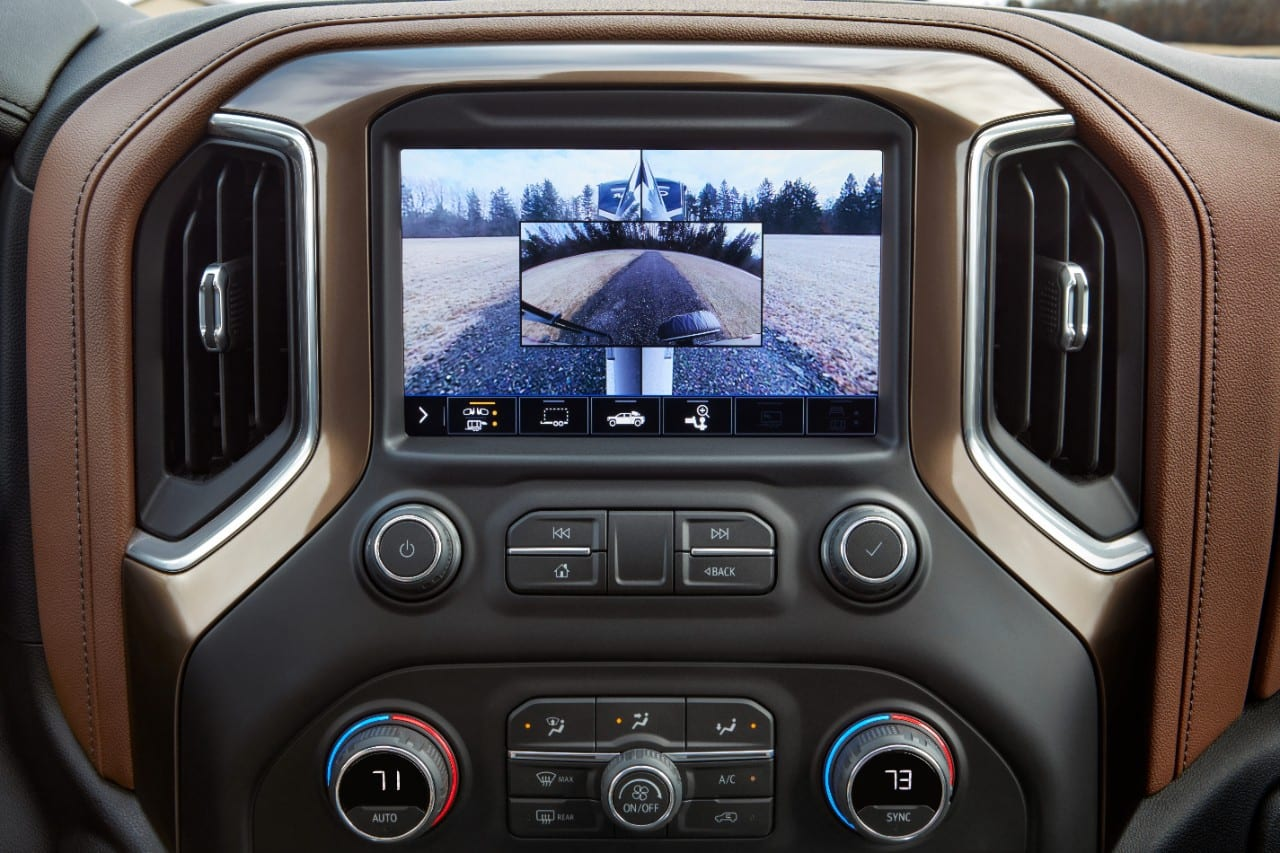 Picture In Picture Side View, one of 15 camera views part of the 2020 Chevrolet Silverado HD Advanced Trailering System, combines the rear side view with the rear trailer accessory camera view.