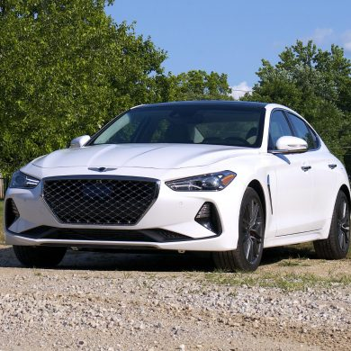 2020 Genesis G70 front three quarter