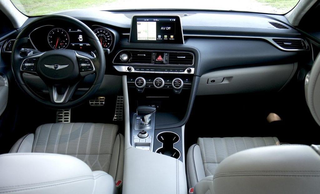 2020 Genesis G70 front seats