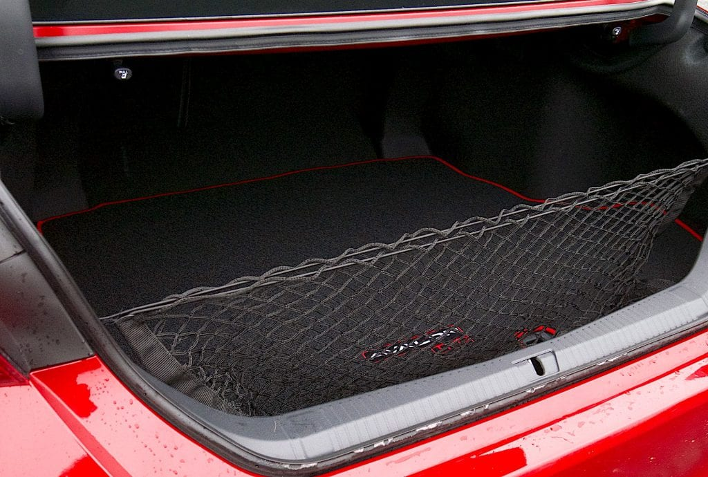 2020 toyota Avalon TRD trunk