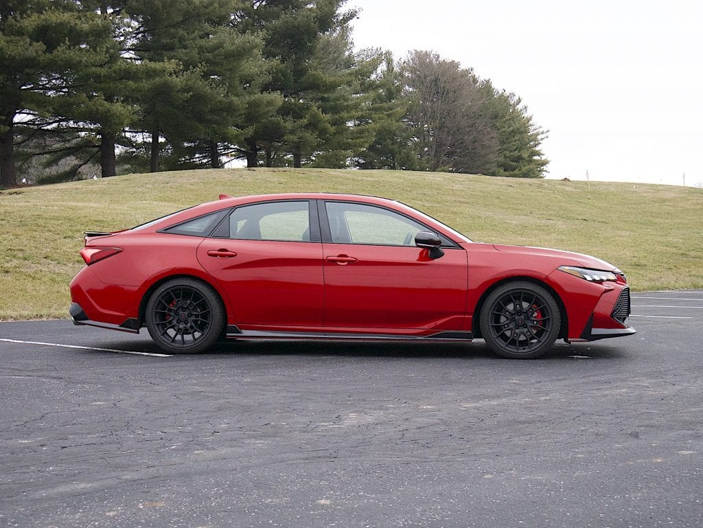 2020 toyota Avalon TRD profile