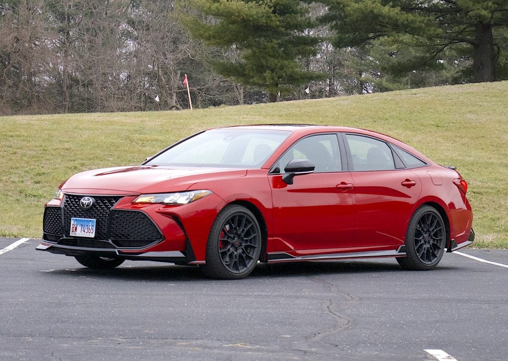 2020 toyota Avalon TRD front three quarter driver's side
