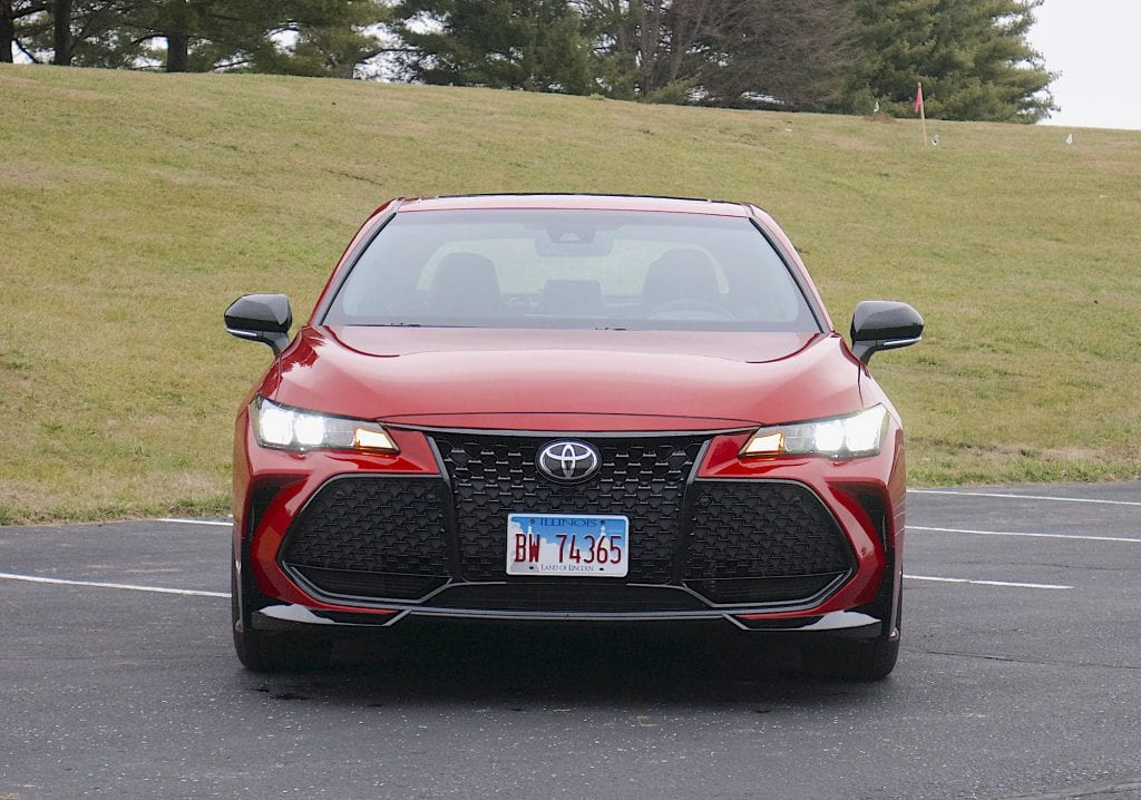 2020 toyota Avalon TRD front