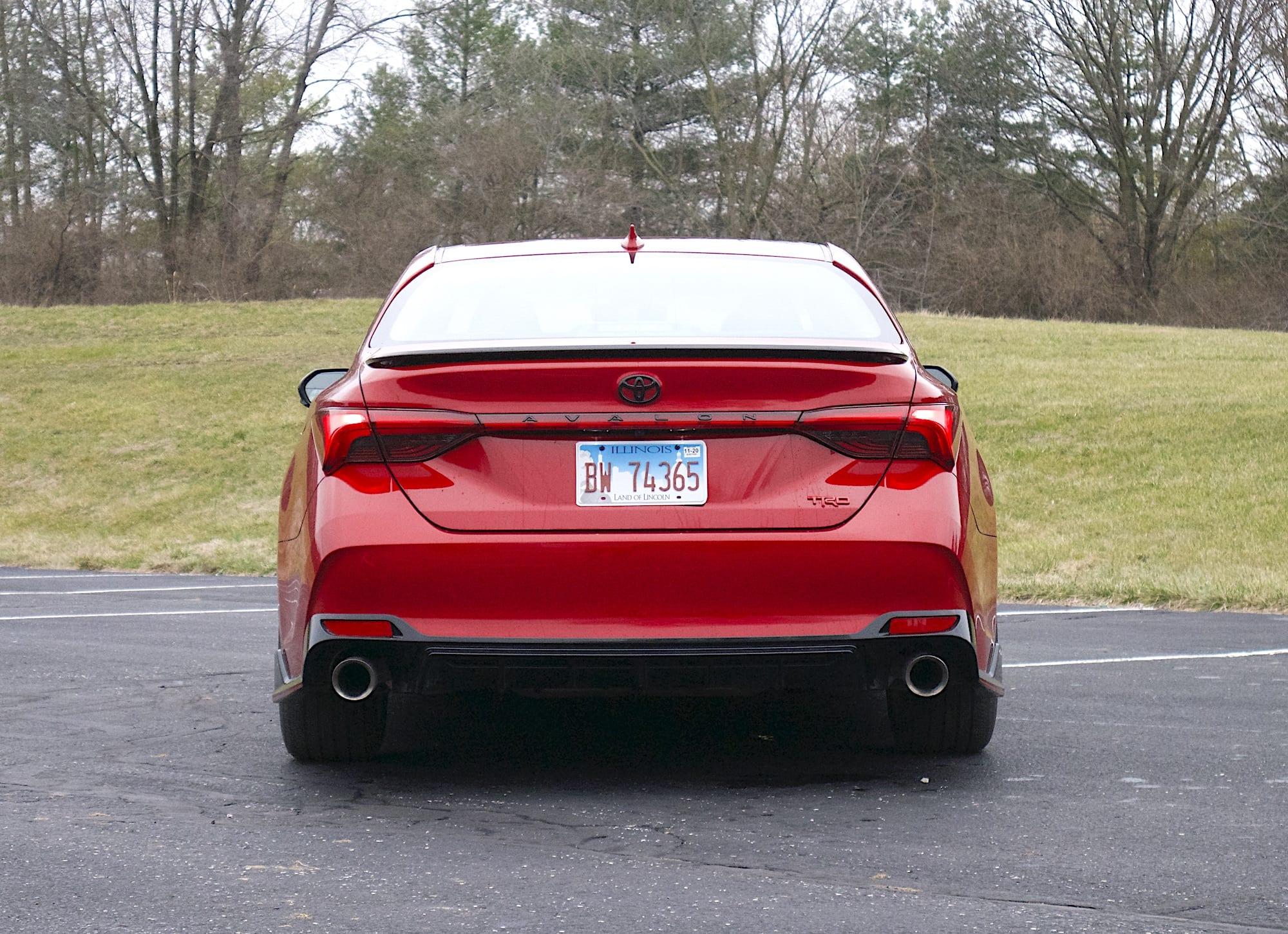 2020 toyota Avalon TRD rear
