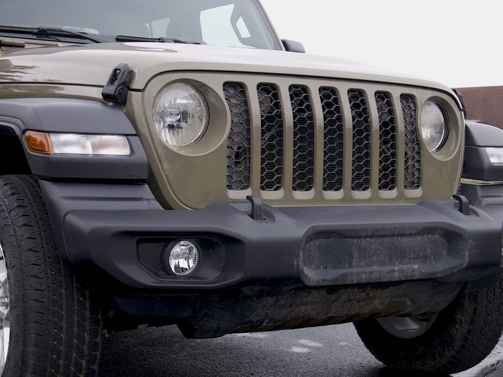 2020 Jeep Gladiator grille