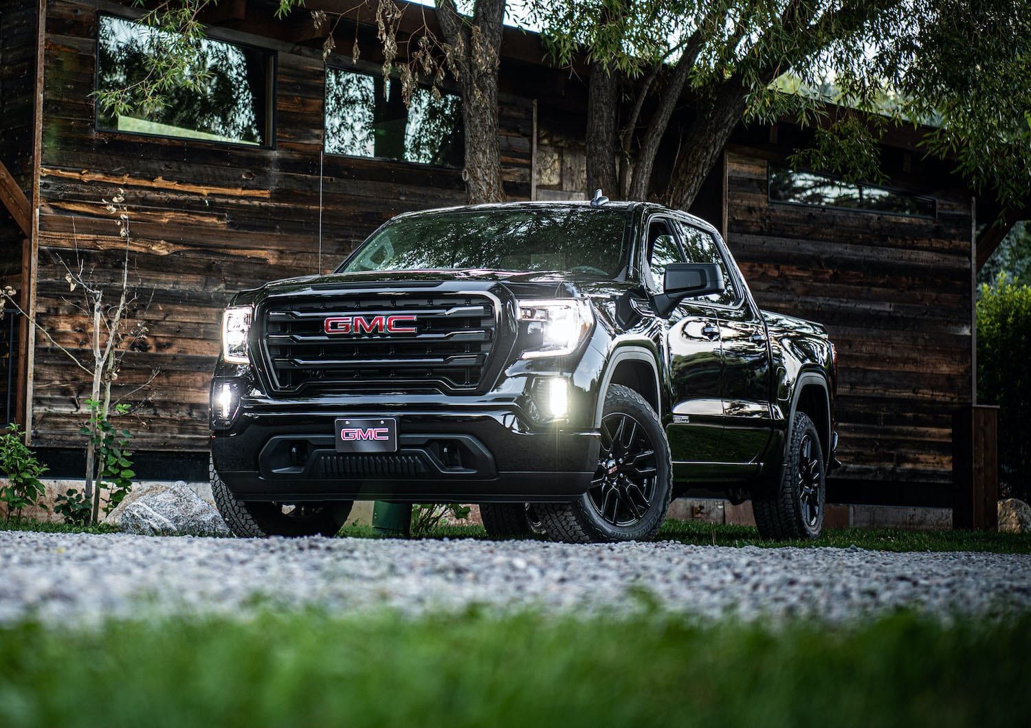 2020 GMC Sierra Elevation