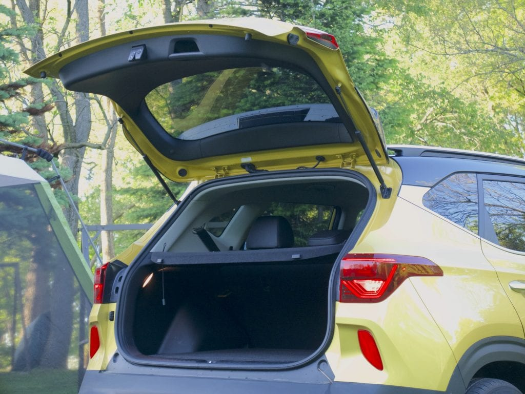 2021 Kia Seltos rear hatch