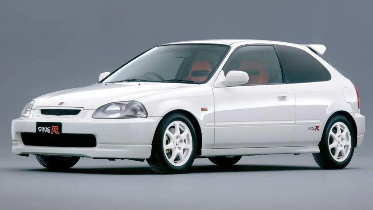 White Honda Civic Type R