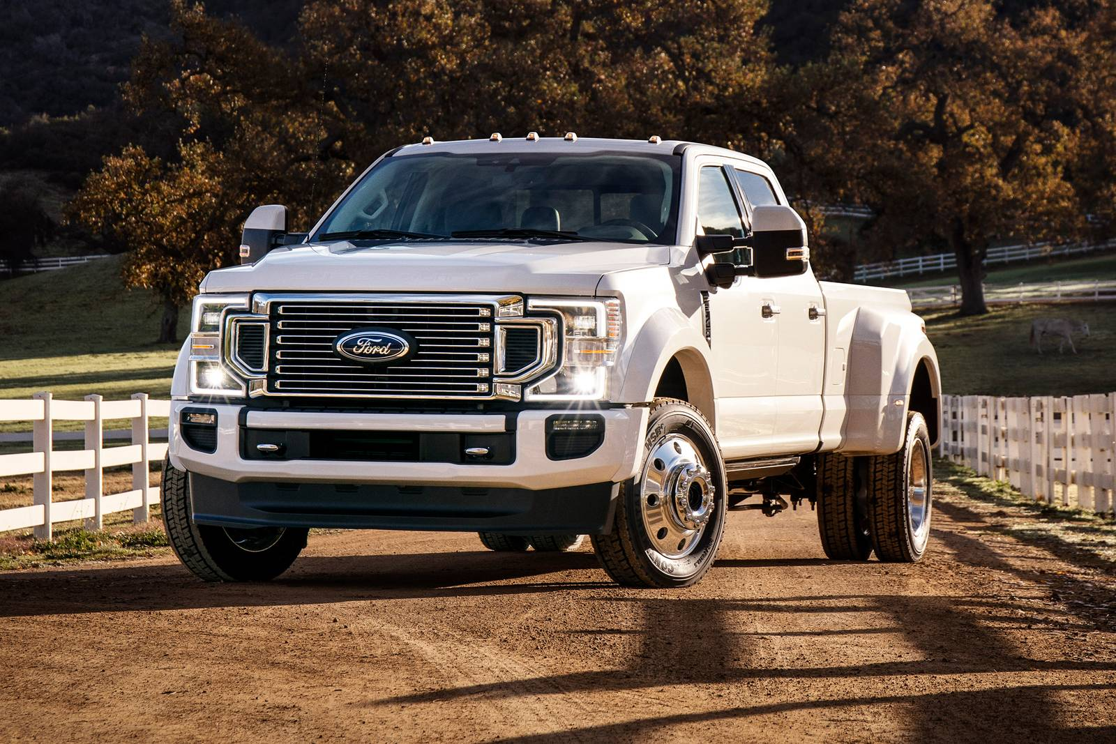 White 2021 Ford F-450 dually Super Duty crew cab truck